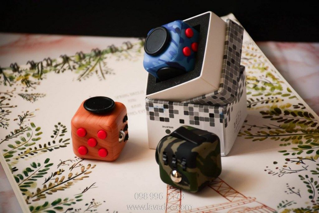 Fidget-Cube-Camo-1-1024x683.jpg
