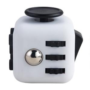 Magix Cube Trang Den