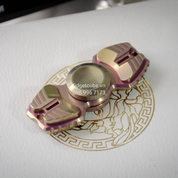 Armed Shark Spinner Titanium Brass (13)