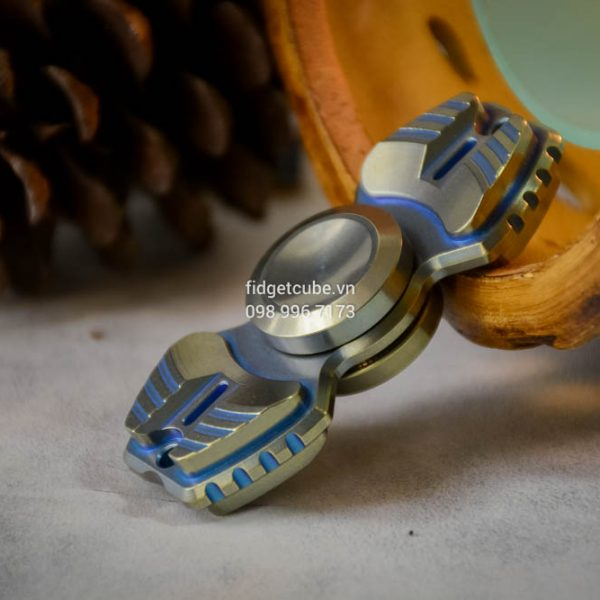 Armed Shark Spinner Titanium Brass (43)
