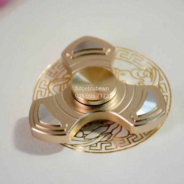 Arrow Spinner Gold