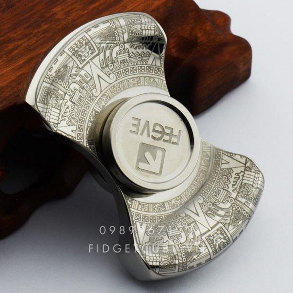 FEGVE Maya Spinner 2 canh chinh hang Silver