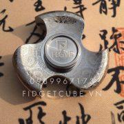 FEGVE Tri-Leaf Maya Spinner Titanium (4)