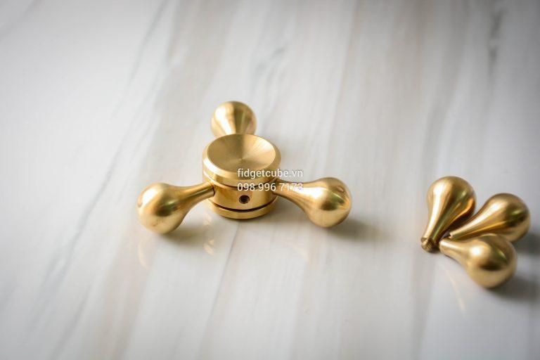 Molecule Spinner Brass (4)