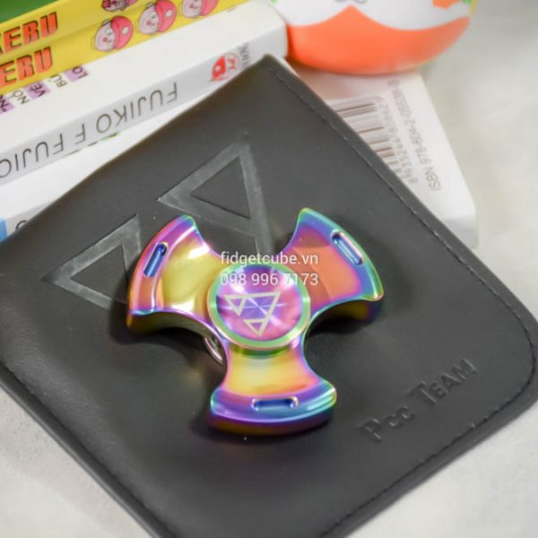 PCC Stubby Tri Wing Spinner Rainbow (10)