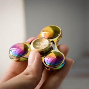 Tri-Wing Spinner Rainbow - Hợp Kim Nhiều Màu