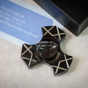 Trident Spinner Stainless Steel - Black